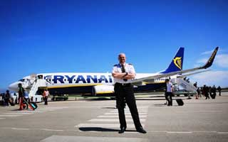 ryanair-pilot-jpg
